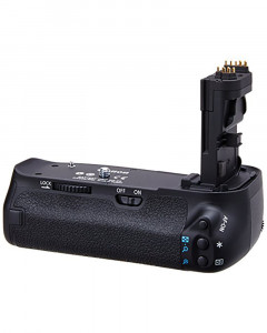 Canon BG-E9 Battery Grip for the Canon Camera