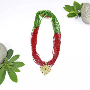 Red/Green Beaded Pote Necklace With Heart Shaped Locket For Women No Ratings